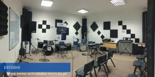 https://emma-actividades-musicais.pt/wp-content/uploads/2020/08/estudio.jpg