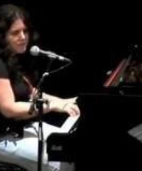 https://emma-actividades-musicais.pt/wp-content/uploads/2020/08/monicaduarte.jpg